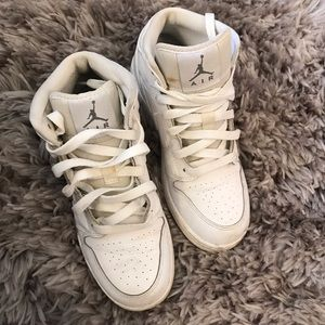 Air Jordan's !! 4.5 but can fit size